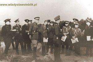 1936 manewry Wermachtu, pierwszy od lewej mjr W. Steblik.