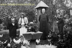 1932 - Chrzanów, od prawej kpt Władysław Steblik, ks Jakub Kamieński, Magdalena Steblik, Bronisława Winiarska